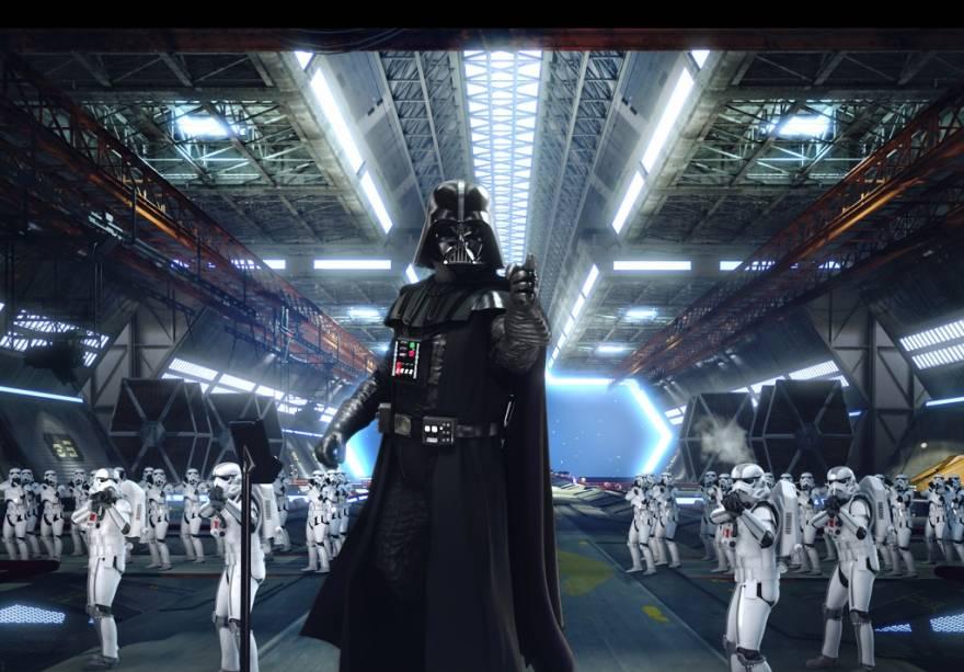 Disneylands Star Tours apresenta personagens da saga Star Wars