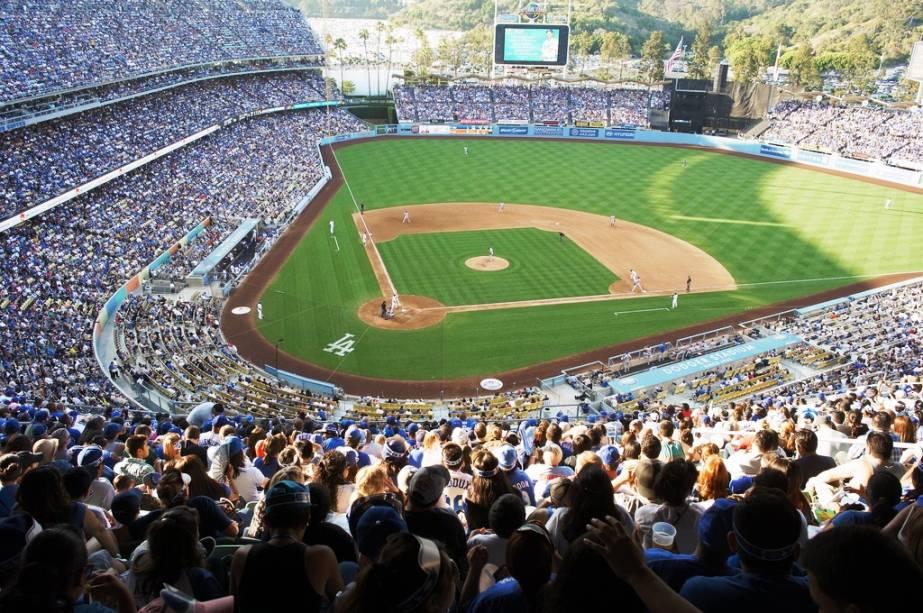 Os californianos adoram beisebol e Los Angeles não é exceção.  Equipes do Anaheim Angels e do Los Angeles Dodgers (foto)