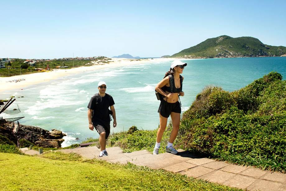 Trilha ecológica do Costão do Santinho Resort, em Florianópolis, Santa Catarina