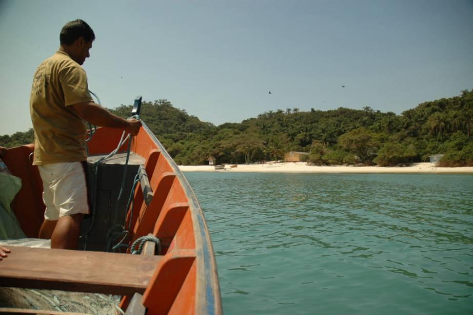 A Ilha do Campeche é um excelente local para mergulho com snorkel e com cilindro.  Ele também tem seis trilhas para caminhadas e locais arqueológico