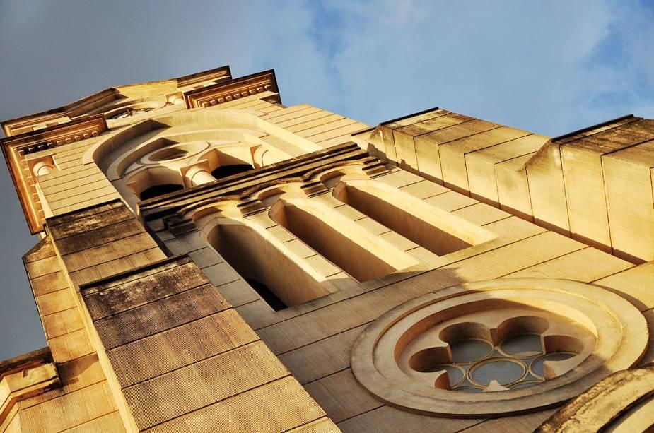 Detalhe da torre gótica da igreja do Rosário em Goiás (GO)