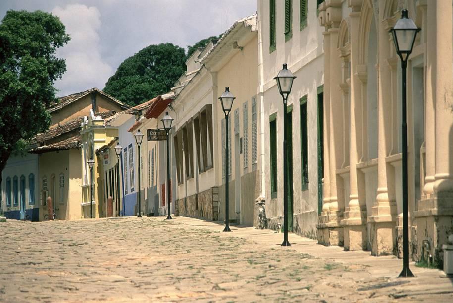 Com arquitetura colonial e paralelepípedos, o centro de Goiás reúne igrejas e museus