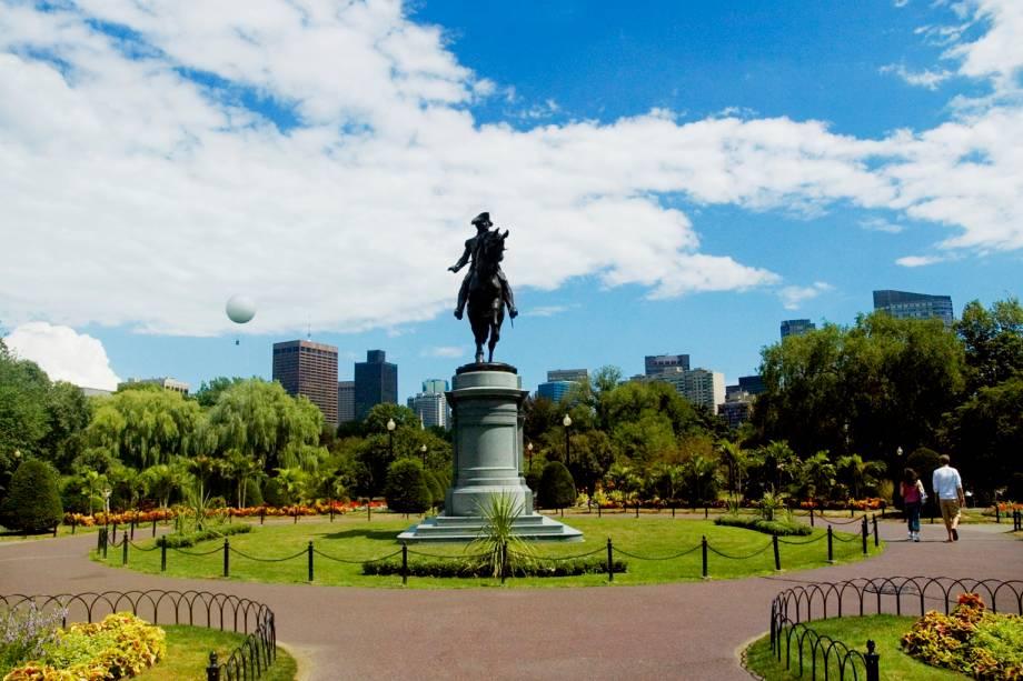"""Para descobrir os monumentos históricos de Boston, basta caminhar os quatro quilômetros de""""http://www.thefreedomtrail.org/"""" rel =""""Caminho para a liberdade"""" Objetivo =""""_vazio""""><noscript><img data- src="""