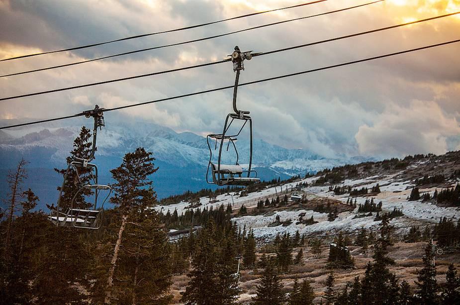 Elevadores como teleféricos e gôndolas são os favoritos dos turistas e são ideais para quem procura uma atividade mais tranquila em Aspen.