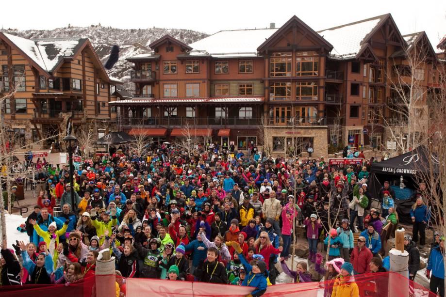 O evento de alta fidelidade acontece em Aspen-Snowmass em março e oferece entretenimento ao vivo