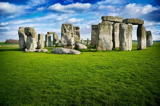 Cinco mil anos após sua construção, os motivos que levaram os antigos a construir Stonehenge ainda são incertos.