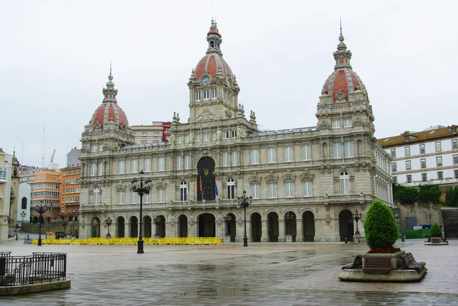 Palácio da cidade na Praça Maria Pita
