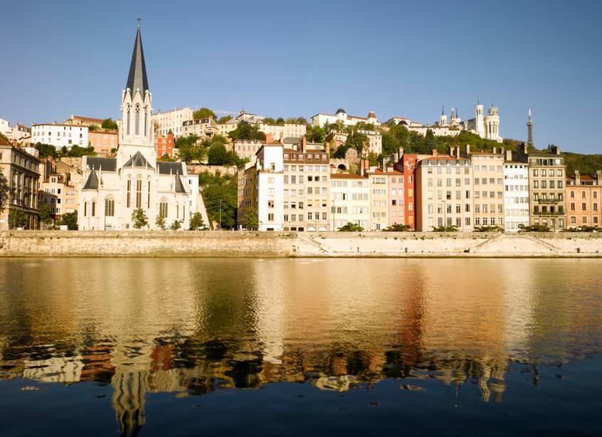 Vista da cidade de Lyon no Saône