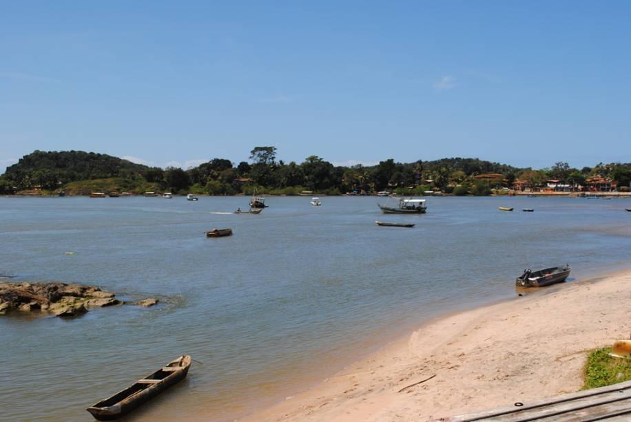 Praia da Coroinha, localizada na região central de Itacaré