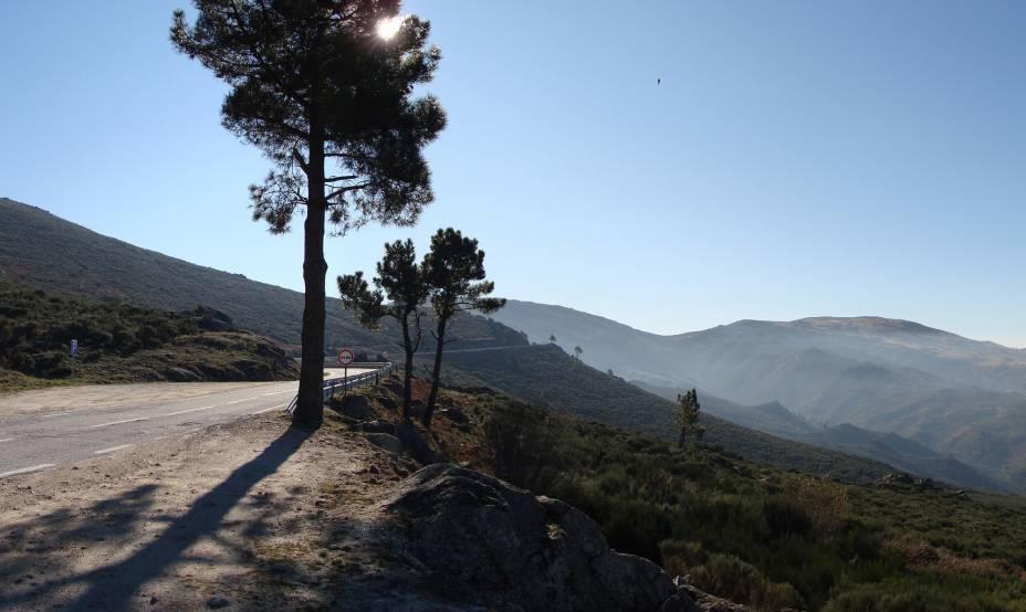 Vários caminhos levam ao topo da Serra da Estrela