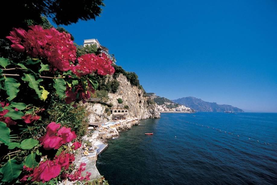 Clube de praia e piscina no Hotel Santa Caterina, Amalfi