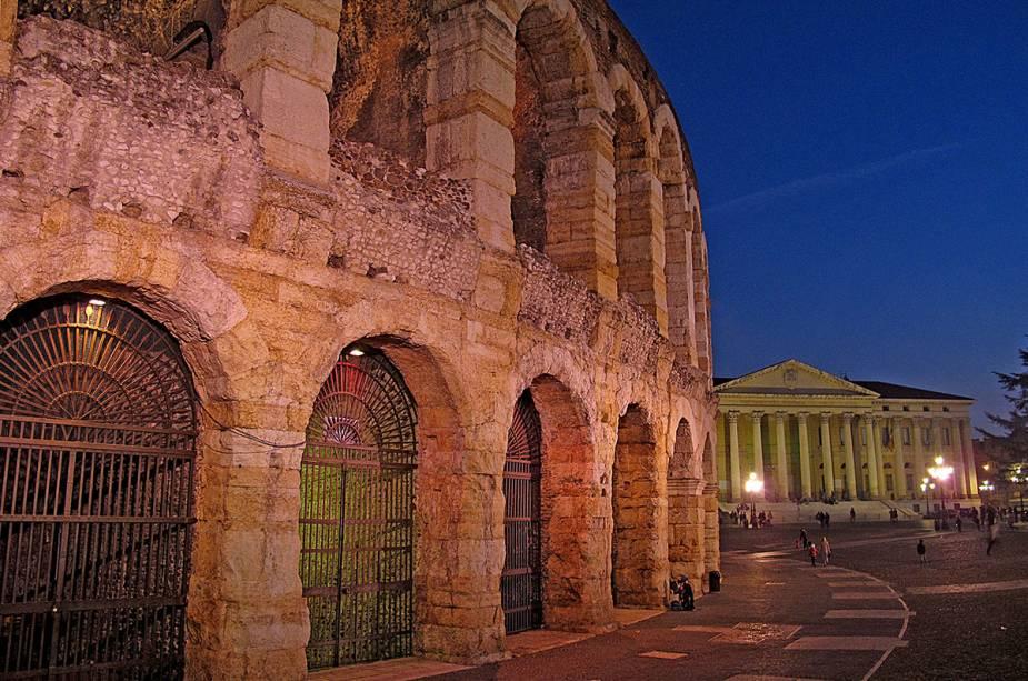 As primeiras intervenções de restauração ocorreram no período renascentista e visavam restaurar a funcionalidade da arena para apresentações teatrais.