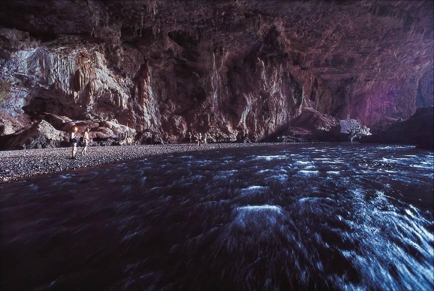Vale a pena dormir em albergues na orla do Parque Terra Ronca para uma agradável visita às cavernas da região