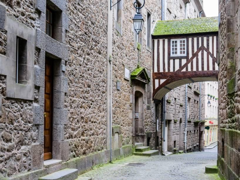 Rua medieval em Saint Malo