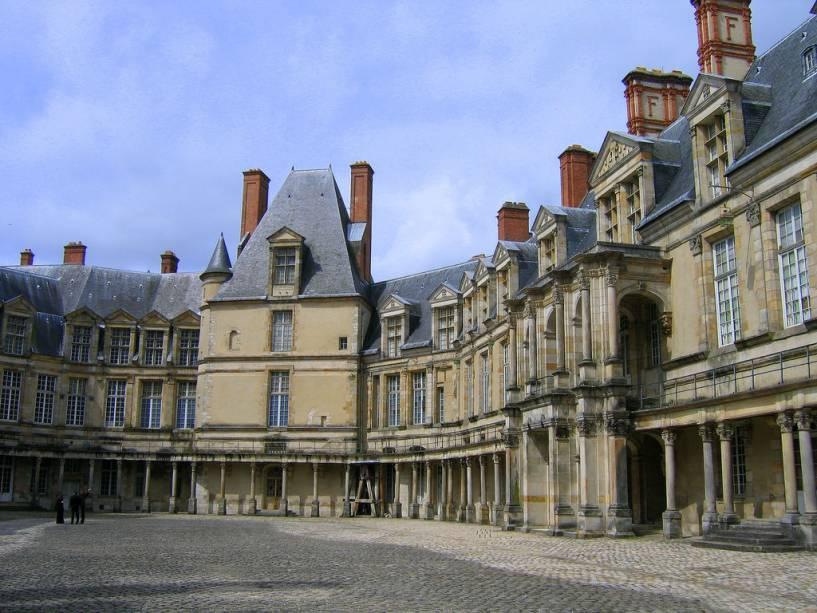 Pátio do Palácio de Fontainebleau