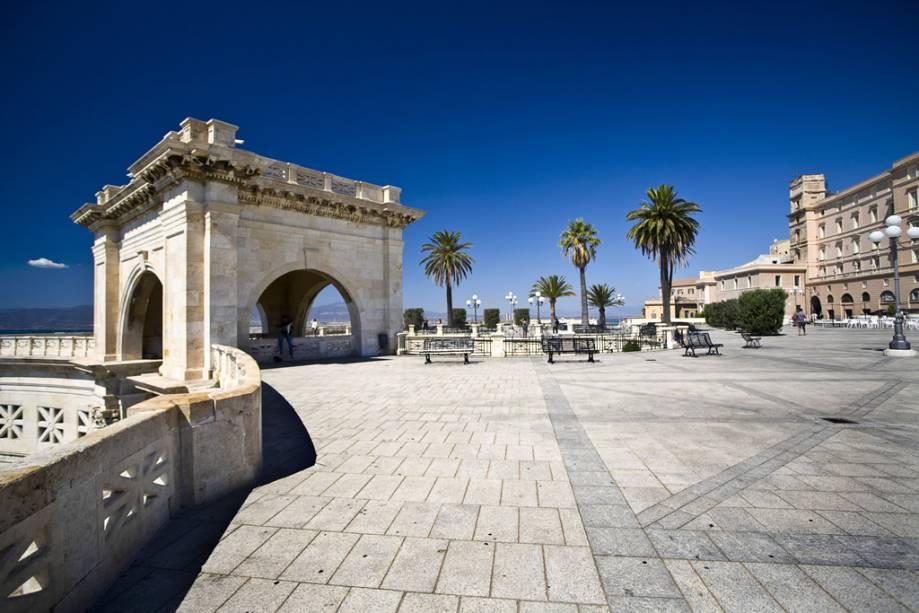 Bastião Saint Remy, Cagliari, Itália