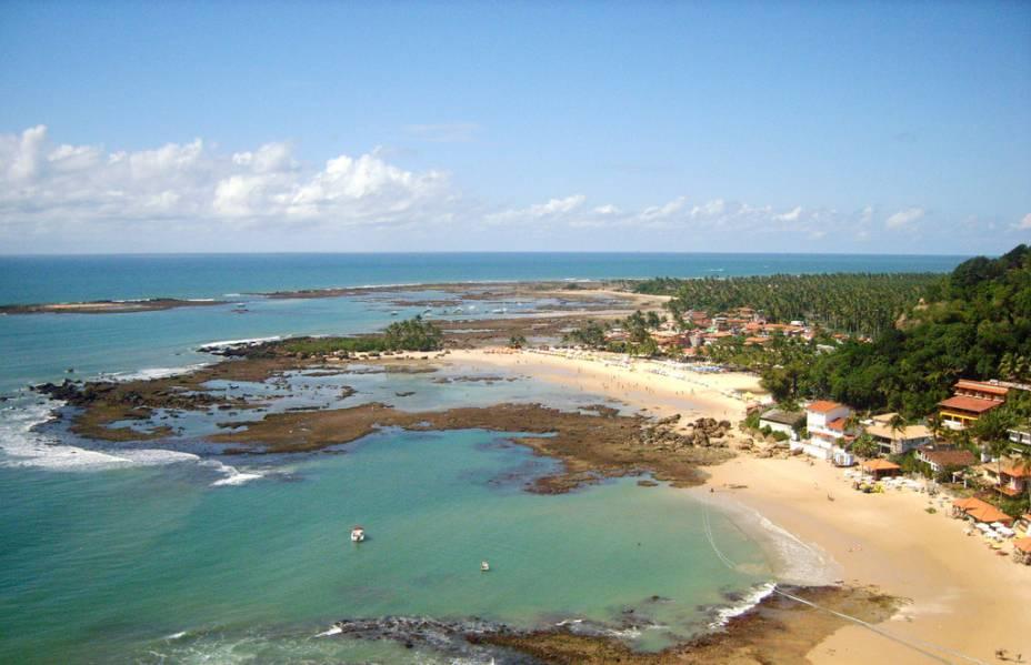 Vista aérea da vila de Morro de São Paulo, ao norte da ilha de Tinharé