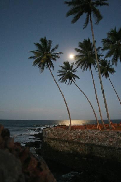 Luar em Morro de São Paulo, Bahia;  A ilha é um destino turístico badalado e também é perfeita para casais
