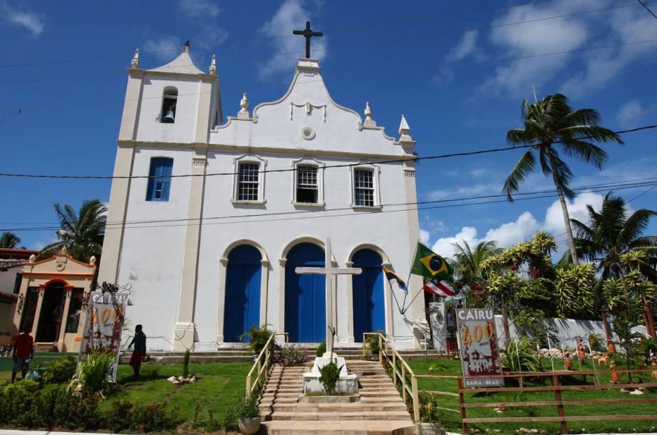 A igrejinha do Morro de São Paulo fica logo na entrada da ilha e recebe os recém-chegados