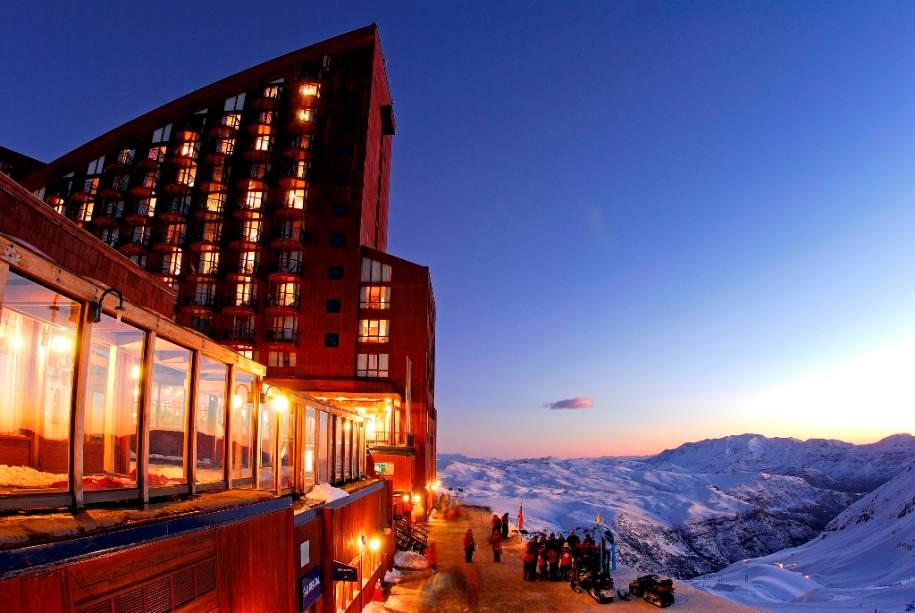 Valle Nevado tem três hotéis e várias opções de aluguel de apartamentos que atendem a uma ampla variedade de grupos-alvo.