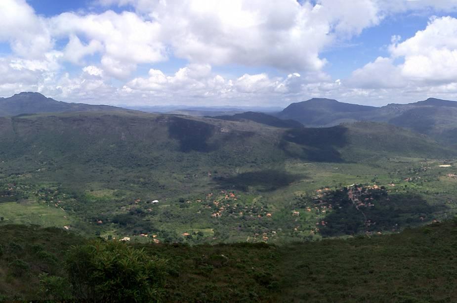"""A pequena aldeia é cercada por vegetação""""http://viajeaqui.abril.com.br/cidades/br-ba-chapada-diamantina"""" rel =""""Parque Nacional da Chapada Diamantina"""" Meta =""""_vazio""""> Parque Nacional da Chapada Diamantina"""" classe =""""carga preguiçosa"""" data-pin-nopin =""""verdadeiro""""/></div> <p class="""