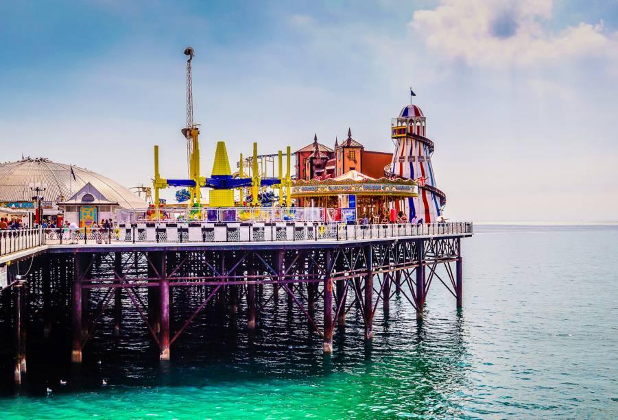 Brighton Pier é um ponto de encontro