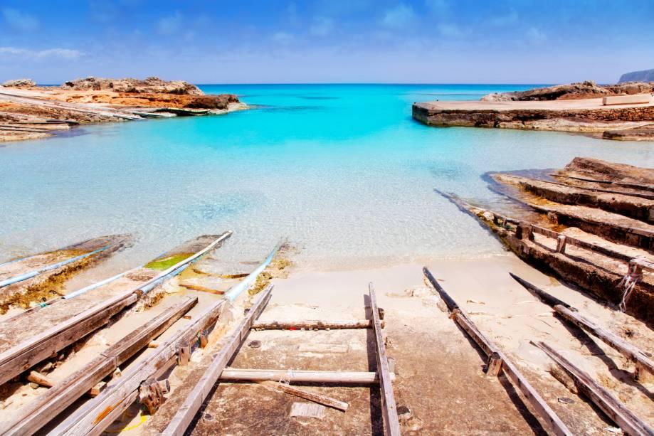 Porto Es Calo de San Agusti na ilha de Formentera