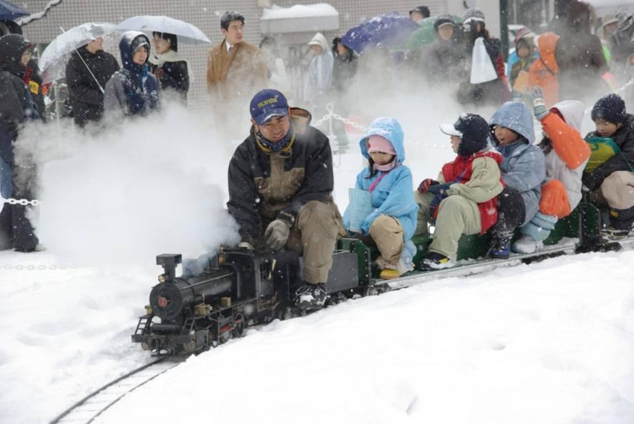 Sapporo Snow Festival oferece um extenso programa de eventos e entretenimento em um ambiente muito familiar