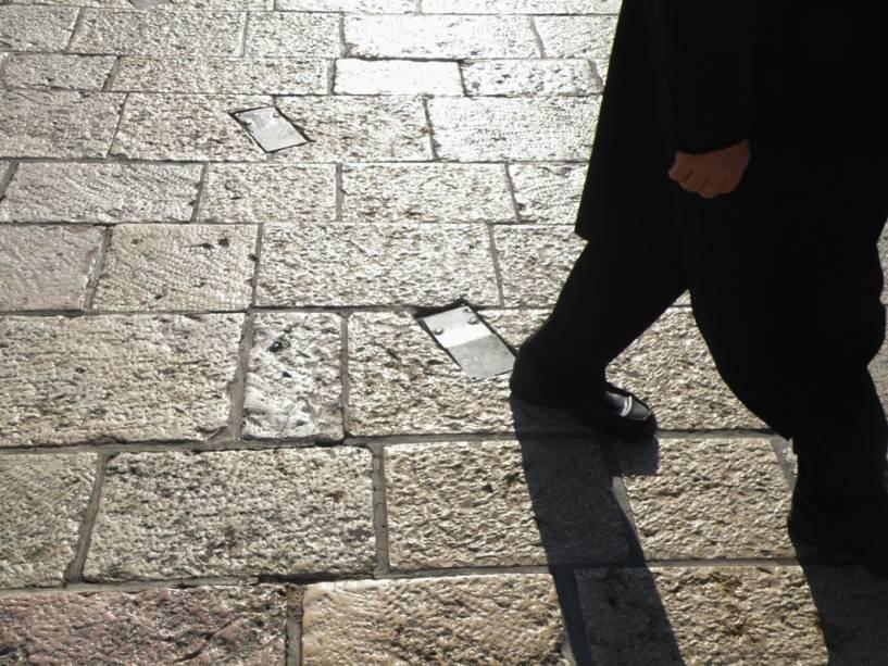 As pedras brancas brilhantes de Jerusalém criam um cenário único e poderoso