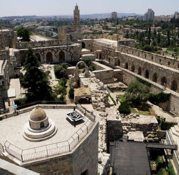 Vista geral da Torre de David Citadel em Jerusalém, que contém vários elementos islâmicos e um excelente museu sobre a história da cidade