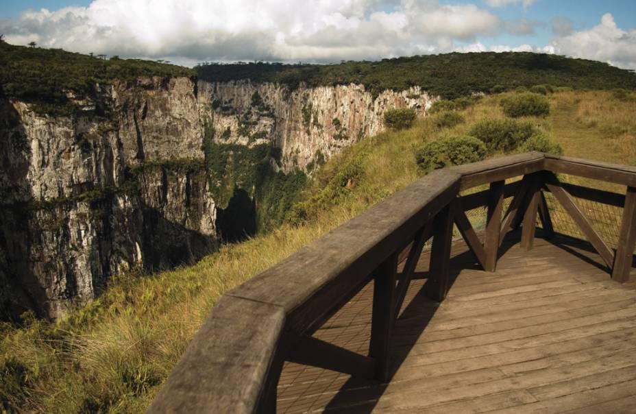 Vista do mirante do cânion Itaimbezinho no Parque Nacional de Aparados da Serra