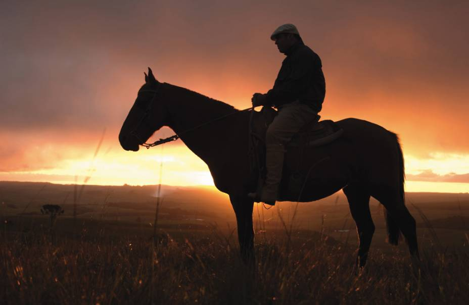 Passeios a cavalo na zona do hotel Parador Casa da Montanha