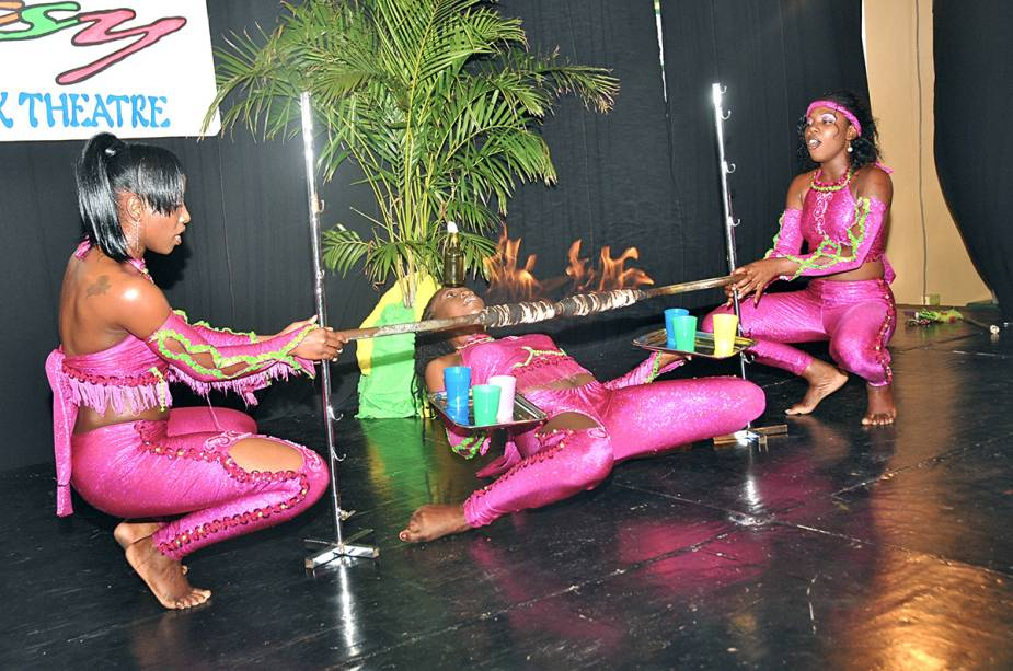 Limbo, dança popular em Trinidad e Tobago