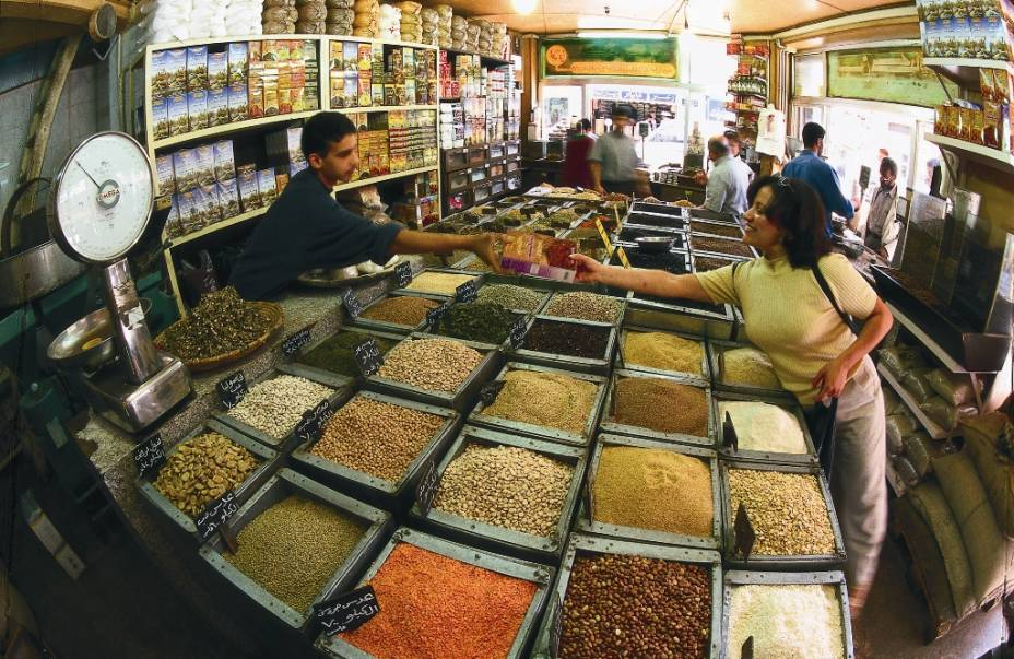 Como qualquer cidade no Oriente Médio, Amã tem uma série de bons mercados onde você pode encontrar especiarias e tecidos, de roupas a itens de prata e ouro.