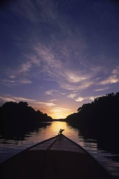 Passeio de barco no Rio Preguiças, clássico dos Lençóis Maranhenses