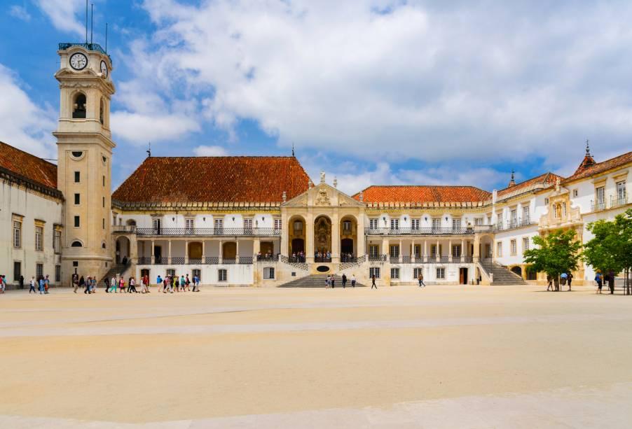 Cerca de 50.000 pessoas passam todos os anos na Universidade de Coimbra