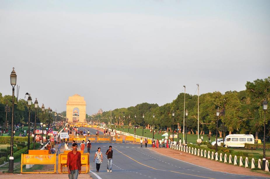 Rajpath, o Champs-Elysees indiano, com o Portal da Índia ao fundo