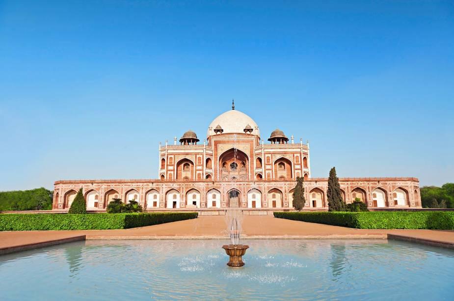Tumba de Humayun em Delhi, que abriga o inspirado Taj Mahal