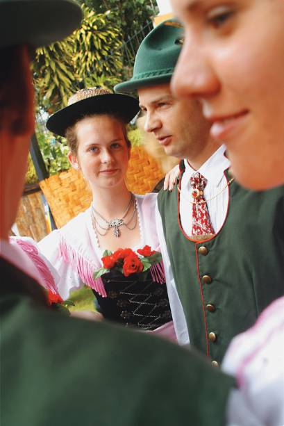 Membros do grupo folclórico cultural Bergfreunde de Domingos Martins, cidade colonizada pelos alemães