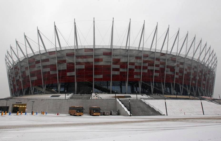 """O novo Narodwy a""""http://viajeaqui.abril.com.br/cidades/polonia-varsovia"""" rel =""""Varsóvia"""" Meta =""""_vazio""""> Em <strong>Varsóvia</strong> será a partida de abertura do <strong>euro 2012</strong> e alguns jogos do grupo A (hospedados pelo host)""""http://viajeaqui.abril.com.br/paises/polonia"""" rel =""""Polônia """" Meta =""""_vazio""""> <strong>Polônia</strong> e Rússia, República Tcheca e Grécia) e as rodadas subsequentes, incluindo uma semifinal"""" class=""""lazyload"""" data-pin-nopin=""""true""""/></div> <p class="""