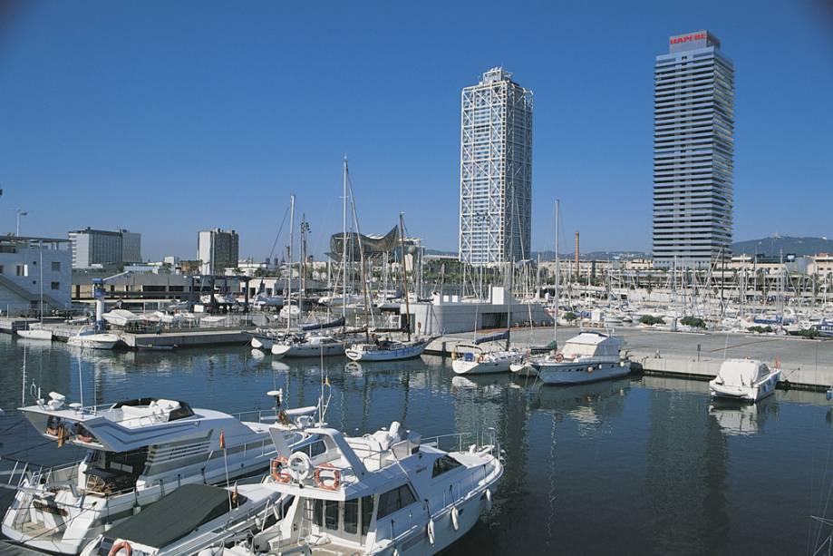 Barcelona compacta combina seus dois mil anos de história com projetos urbanos modernos