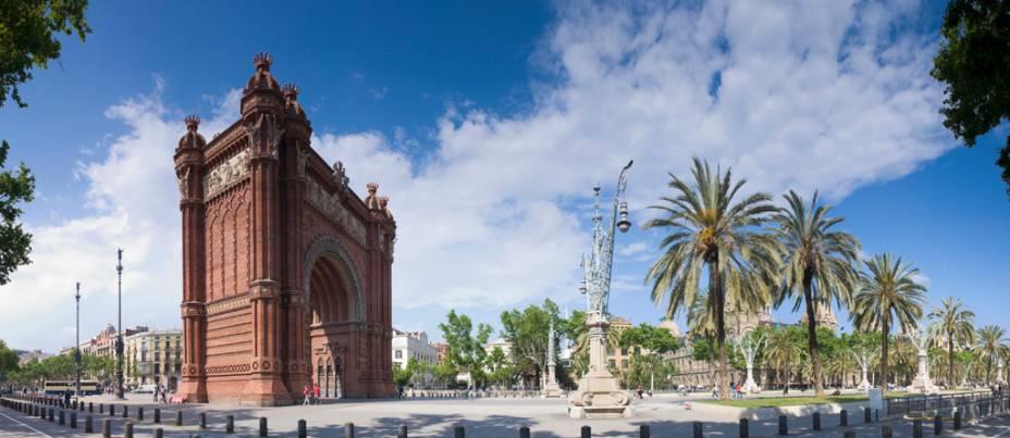 Arco do Triunfo de Barcelona projetado por Josep Vilaseca i Casanovas
