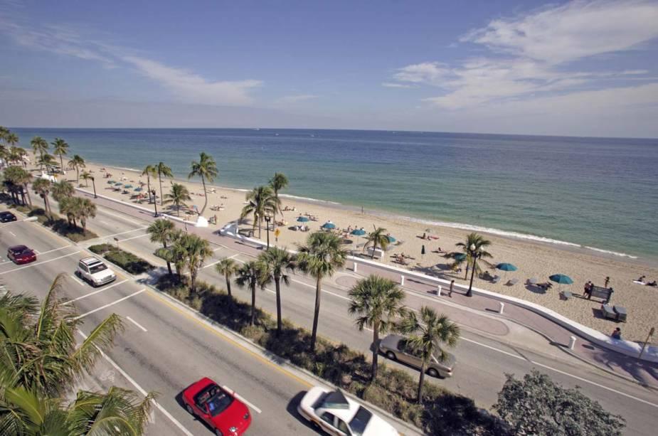 """Considerado um destino popular de verão,""""http://viajeaqui.abril.com.br/cidades/estados-unidos-fort-lauderdale"""" rel =""""Fort Lauderdale""""><noscript><img data- src="""