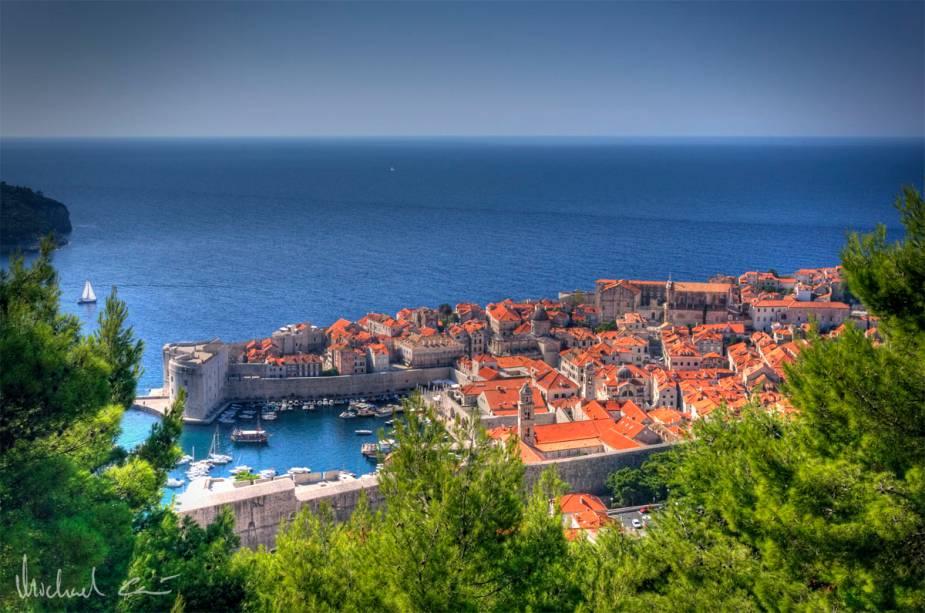 Vista do Mar Adriático e da cidade