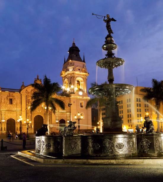 Em Lima, Plaza das Armas, o coração do Império Espanhol