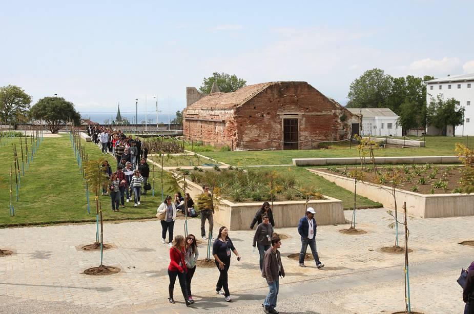 O Parque Cultural de Valparaíso é um antigo presídio que foi restaurado e funciona como um importante centro de arte contemporânea