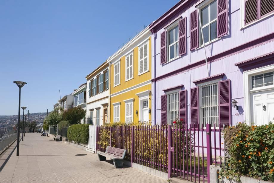 Declarada Patrimônio da Humanidade pela Unesco, Valparaíso é uma cidade fascinante com casas coloridas penduradas nas encostas com vista para o mar
