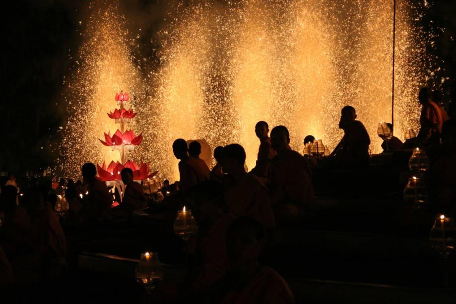 Loi Kratongs é o famoso festival das lanternas em Chiang Mai