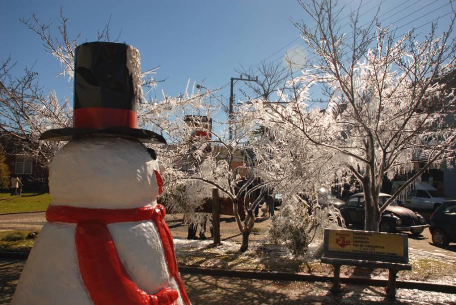 No inverno, a temperatura em São Joaquim pode cair até -10 ° C e a chance de ver neve atrai muitos turistas.