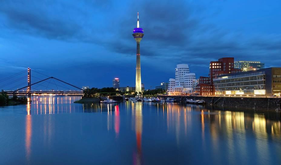 O charme da vida noturna de Düsseldorf